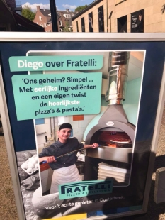 A0 outdoor promotion restaurant Fratelli